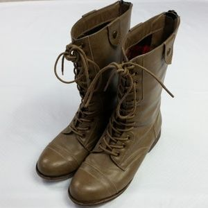 Madden Girl Lace Up Combat Boots Size 7.5